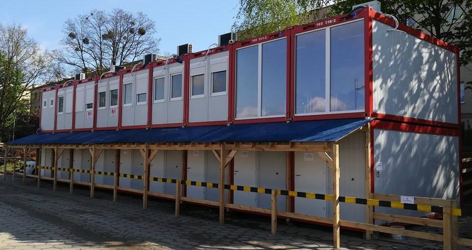 Containeranlage bestehend aus Büro- und Wohncontainern
